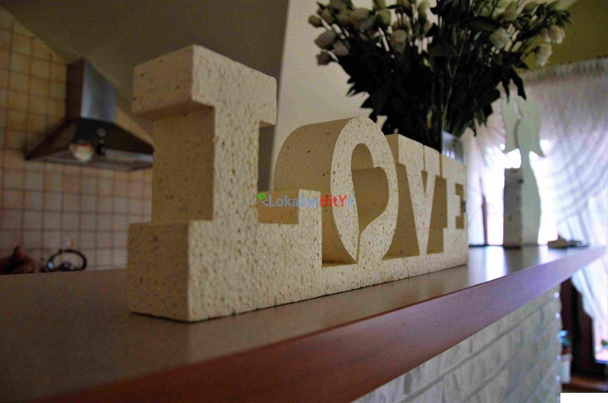 Napis dekoracyjny LOVE