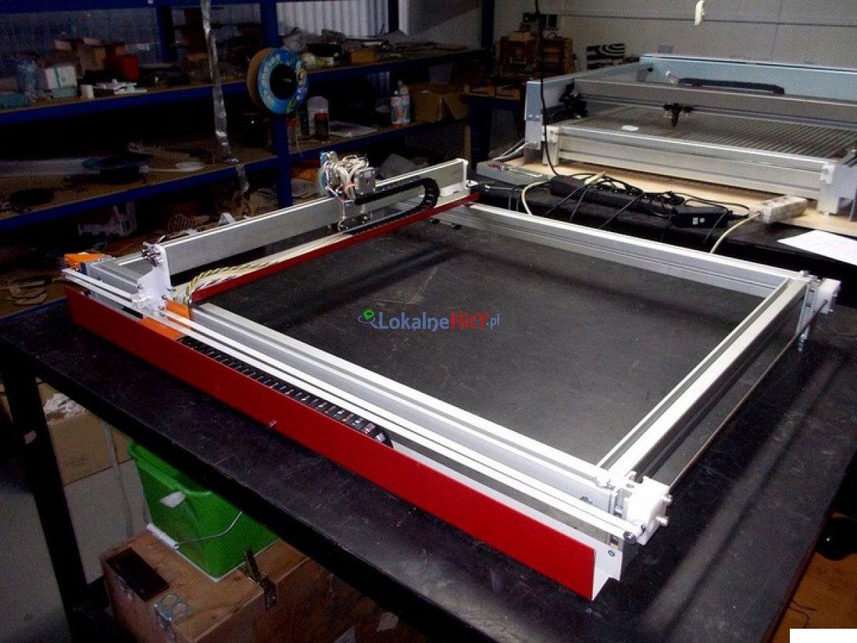 Ploter laserowy CNC 80x60 cm tnący z laserem 6,5W