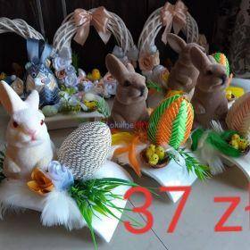 Stroiki wielkanocne zajaczek jajka pisanki piòrka dekoracja na stół