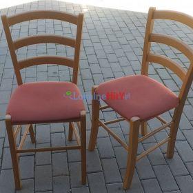 Dwa krzesła kuchenne drewniane